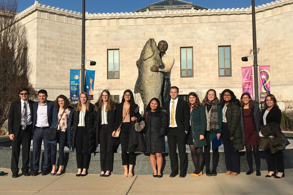 Students on the Environmental and Sustainability Trek visit the Chicago Shedd Aquarium.